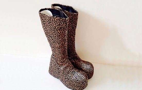 Botas de leopardo años 90